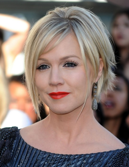 Short Choppy haircut with pony for women