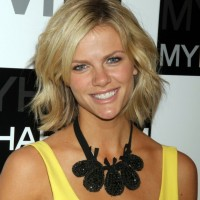 Brooklyn Decker Short Bob Hairstyle