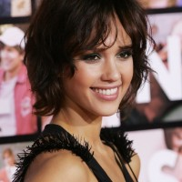 Jessica Alba Short Curly Bob Hairstyle
