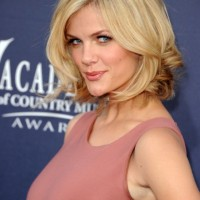 Brooklyn Decker Sexy Short Bob Hairstyle with Curls
