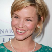 Ashley Scott Cute Naughty Bob Hairstyle